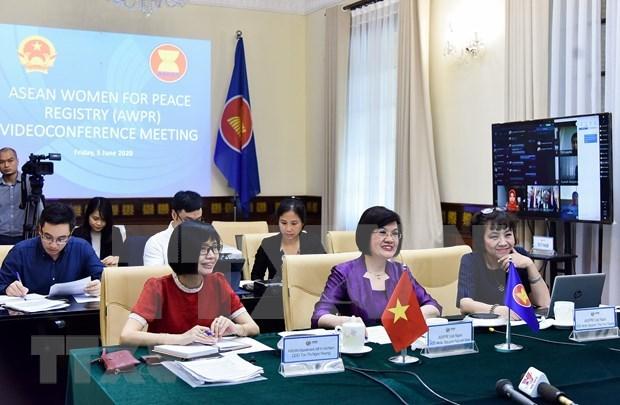 2020东盟轮值主席国年:携手一起行动 致力在新时代提高妇女的地位 hinh anh 1