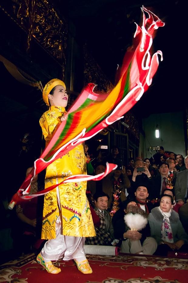 三府圣母祭祀信仰:遍布全国的非物质文化遗产 hinh anh 2