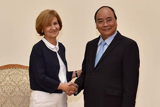 越南与葡萄牙建交45周年:加强两国的友好合作关系 hinh anh 1
