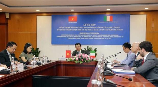 越南与意大利经济合作混合委员会成立 hinh anh 1