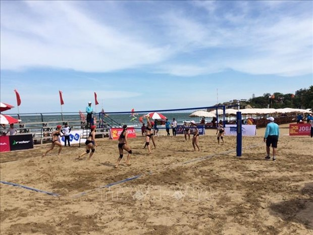 2020年越南全国沙滩排球锦标赛在清化省开幕 hinh anh 1