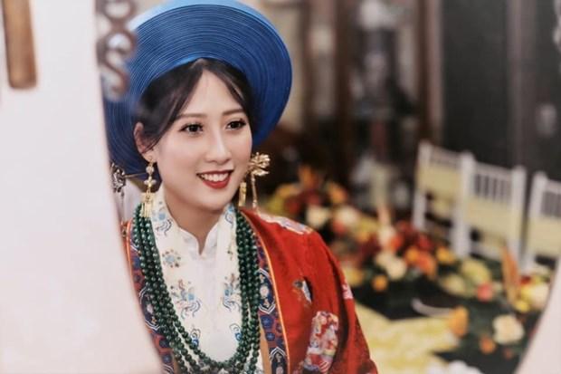 河内市年轻人举行迎亲仪式 再现阮朝传统婚俗 hinh anh 1