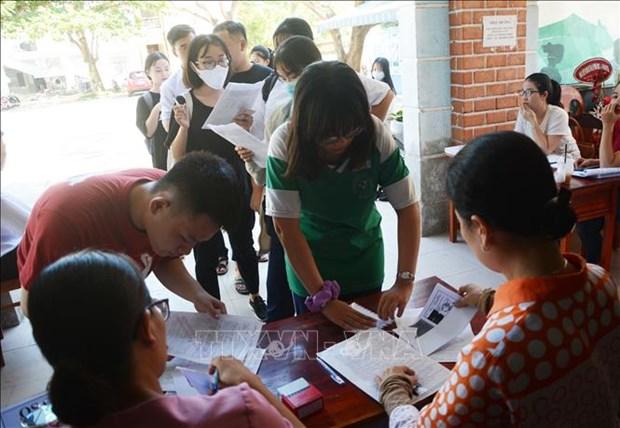 超过90万名学生报名参加2020年高考 hinh anh 1
