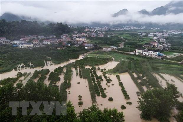 阮春福就中国遭受严重洪涝灾害致电中国国务院总理李克强表示慰问 hinh anh 1