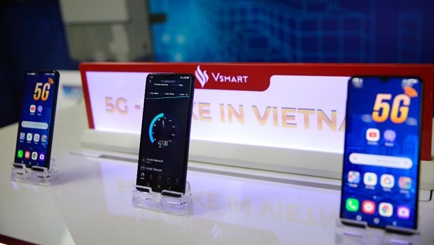 越南首次成功研发5G手机 hinh anh 1