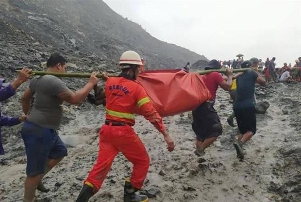 缅甸对有关一处玉石矿区山体滑坡事故的相关官员提起公诉 hinh anh 1
