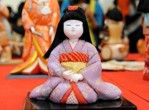 日本传统娃娃展再度亮相首都河内 hinh anh 1