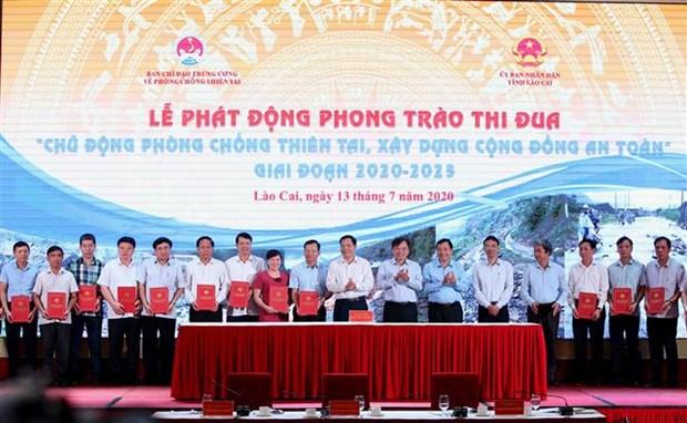 越南积极主动预防自然灾害并开展灾后重建工作 hinh anh 3