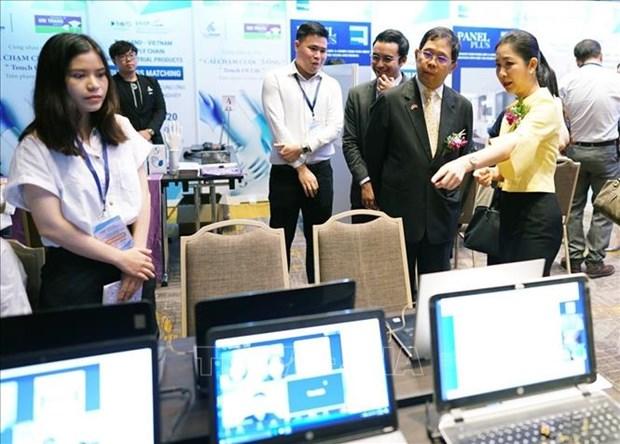 2020东盟轮值主席年:泰国与越南企业进行在线交易活动 hinh anh 2