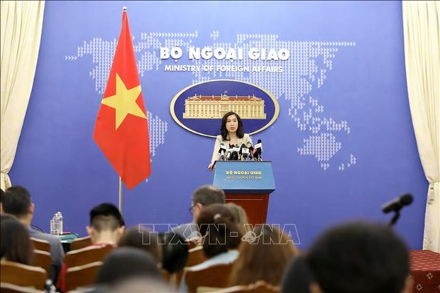 外交部发言人黎氏秋姮:越南已组织55个航班 把13323名旅外公民接回国 hinh anh 1