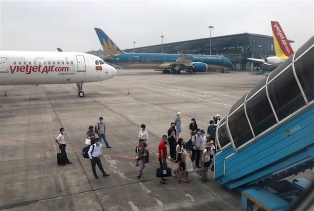 越南预计于8月初按常规重启国际航班 hinh anh 1