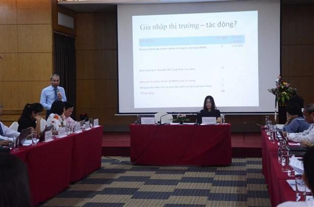 """""""与企业同行并建议改善营商环境""""的会议在岘港市举行 hinh anh 1"""