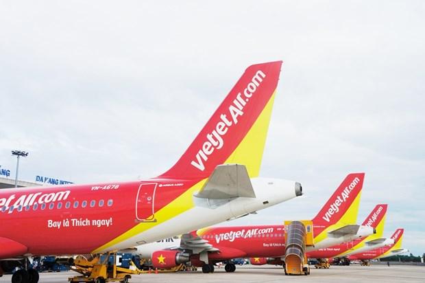 越捷航空增加将越南公民接回国的航班 为重新开放国际航线做准备 hinh anh 1