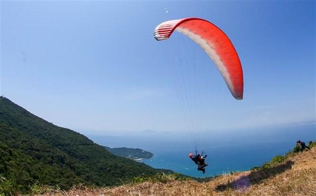 2020年第一届越南滑翔伞俱乐部锦标赛正式闭幕 hinh anh 1
