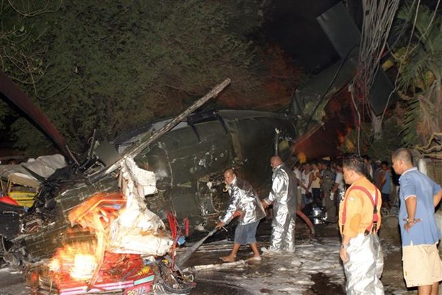 菲律宾一架直升机坠毁致2死1伤2人下落不明 hinh anh 1