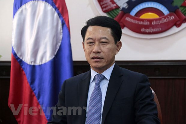 越南加入东盟25年周年:老挝外交部高度评价越南的贡献和作用 hinh anh 1