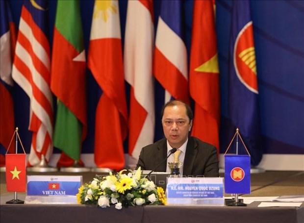 越南加入东盟25周年:加强团结协作 保持东盟在区域合作中的核心地位 hinh anh 1