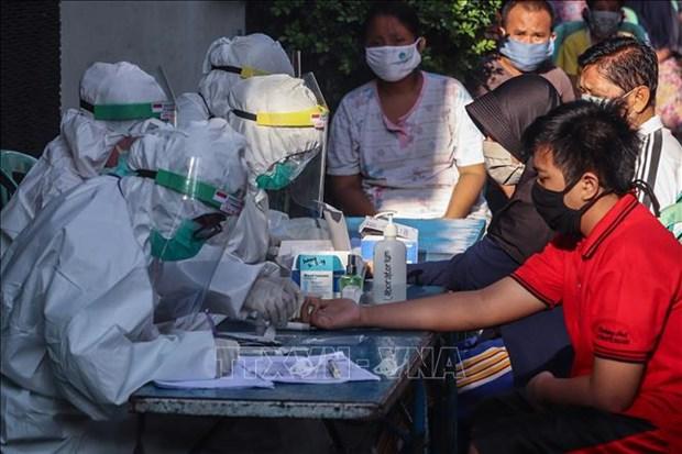新冠肺炎疫情:持有短期签证的外国人最迟9月26日必须离开泰国 hinh anh 2