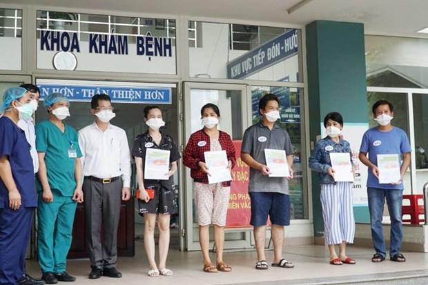 新增5名新冠肺炎确诊病例治愈出院 hinh anh 1