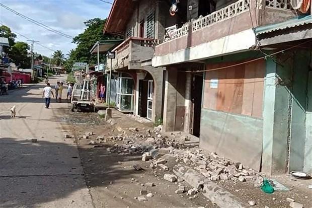 菲律宾地震致使至少1人死亡 多间房屋受损 hinh anh 1