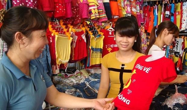 纺织服装行业靠国内市场抵消国外市场低迷影响 hinh anh 1