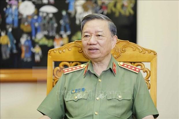 越南公安部部长苏林:公安力量日益贴近民众和深入基层 hinh anh 1