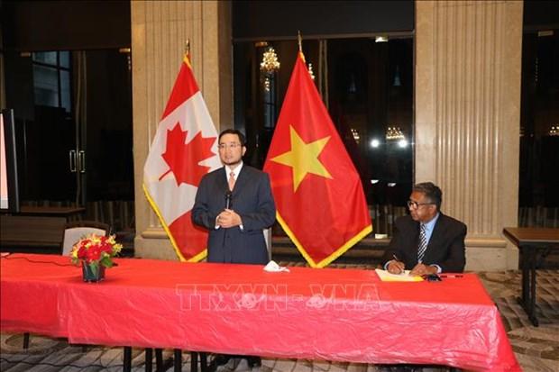 加拿大友人称赞胡志明主席和越南是世界人民的灵感之源 hinh anh 1