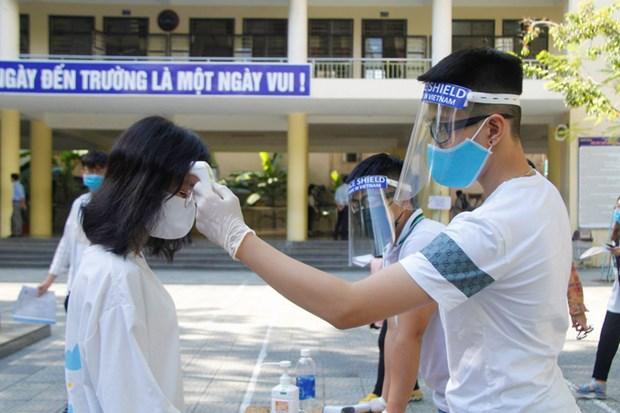 岘港市对参加2020年第二阶段高中毕业考试近1.1万名考生进行新冠病毒检测 hinh anh 1