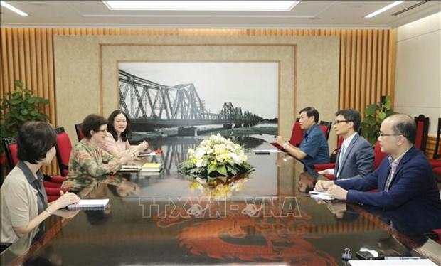 政府副总理武德儋会见联合国艾滋病规划署驻越南代表埃蒙德 hinh anh 1