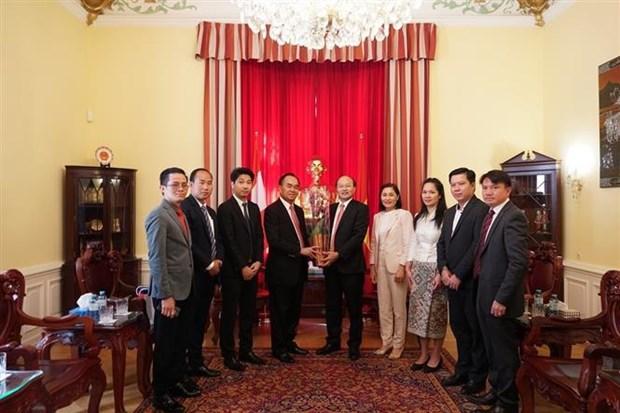 庆祝越南国庆75周年活动在联合国和西班牙、波兰与奥地利举行 hinh anh 2