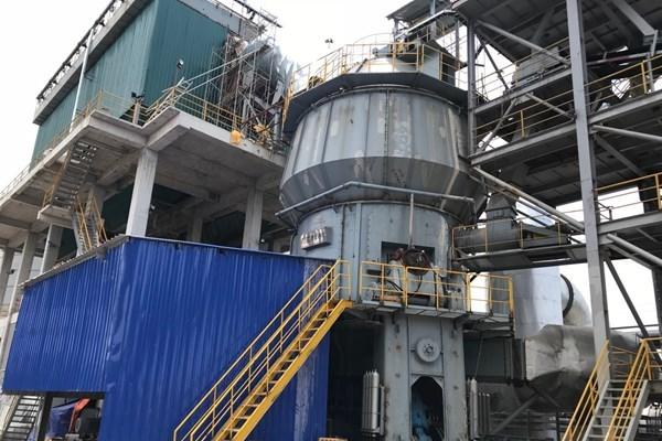 越南S95级粒化高炉矿渣粉首次对外出口 hinh anh 1