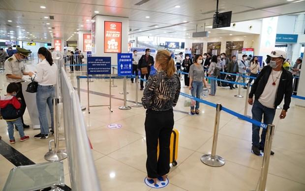 越南各家航空公司增加往返岘港的航班数量 hinh anh 1