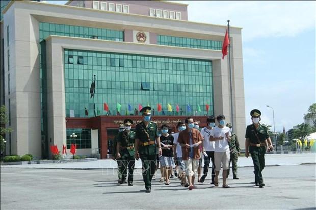 越南向中国移交113名公民 hinh anh 1