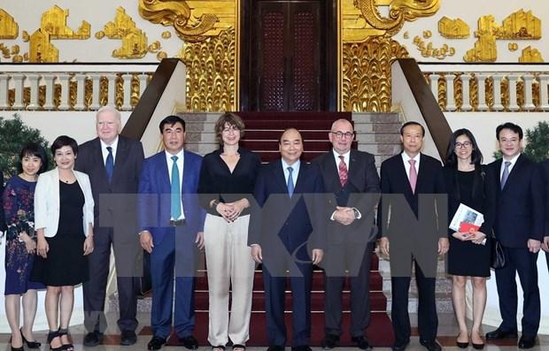 越南政府总理阮春福会见荷兰、比利时和欧洲投资者 hinh anh 1