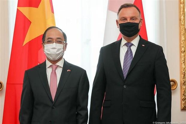 波兰希望进一步加强与越南在多方面的合作关系 hinh anh 1