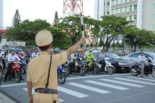 """岘港市继续发挥""""五个无""""、""""三个有""""和""""四个安""""计划的效率 hinh anh 1"""
