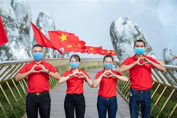 岘港最大旅游度假区——太阳世界巴拿山正式向公众恢复开放 hinh anh 1