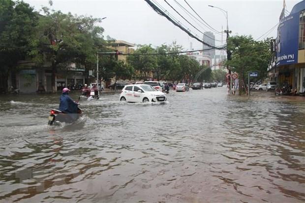 越南祖国阵线中央委员会主席向遭受第五号台风影响各省致慰问电 hinh anh 1