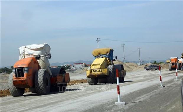 越南南北高速公路三大子项目将于9月30日同步开工 hinh anh 1
