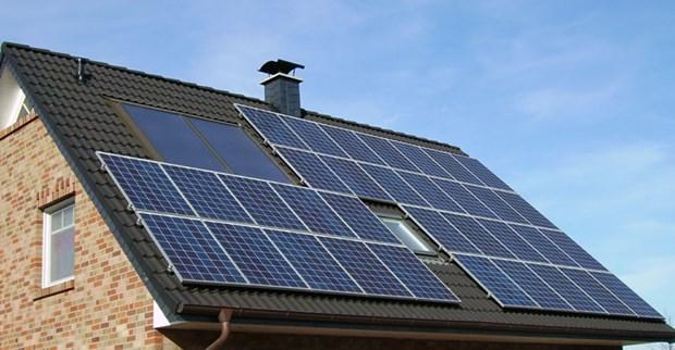 今年前8月全国所安装的屋顶太阳能发电系统2.5万个 hinh anh 1