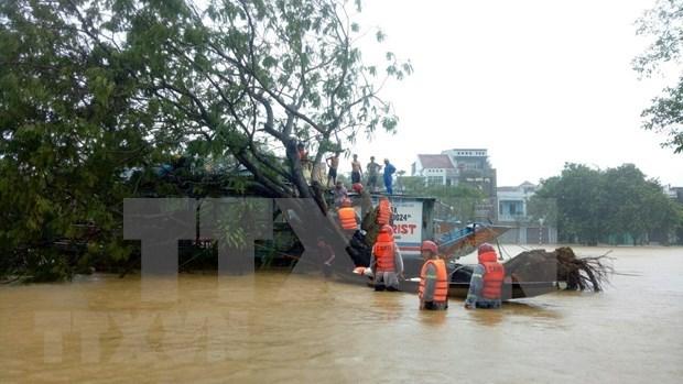 承天顺化省暴雨引发洪水致6人死亡、3人失踪 hinh anh 1
