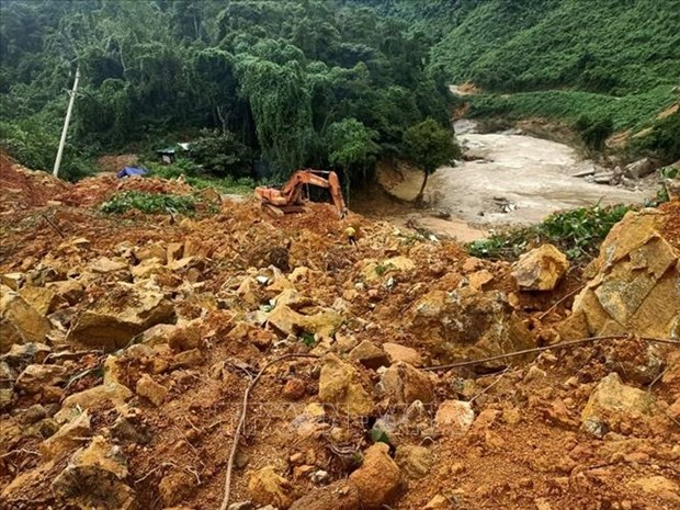 捞庄三号水电站山地区体滑坡事件:七具尸体被挖出 hinh anh 1