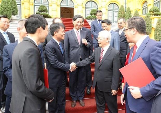 越共中央总书记、国家主席阮富仲向驻外大使颁发任命书 hinh anh 2