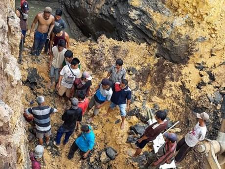 印度尼西亚一煤矿发生塌方致11人死亡 hinh anh 1