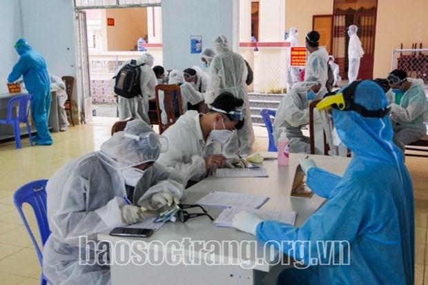新冠肺炎疫情:从文莱回国的近180名公民结束集中隔离期 hinh anh 1
