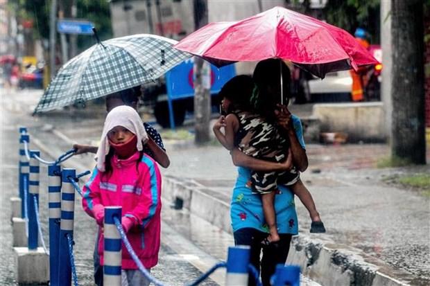 """台风""""莫拉菲""""登陆 菲律宾 约9000人疏散 hinh anh 1"""