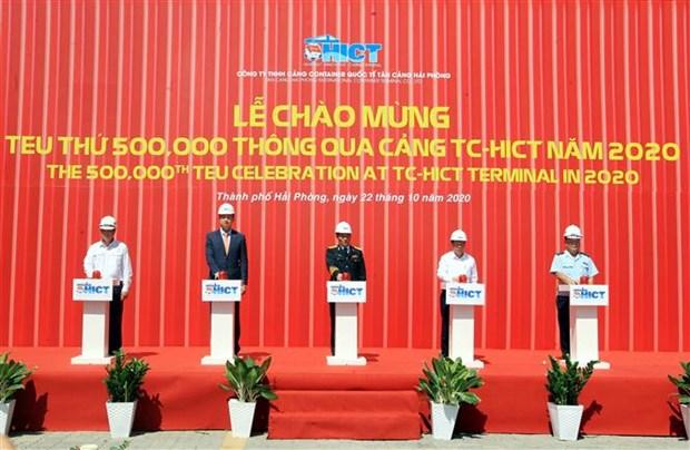 海防新港迎来2020年第50万个标准箱 hinh anh 2