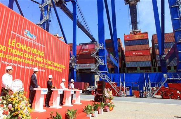 海防新港迎来2020年第50万个标准箱 hinh anh 1