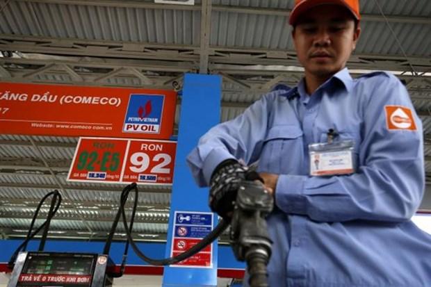 越南RON95汽油零售价下调159越盾 hinh anh 1