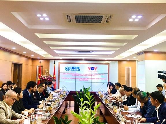 联合国驻越南的15个代表机构代表访问了越南之声广播电台 hinh anh 2